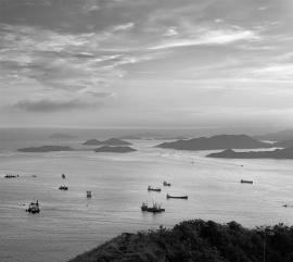 robinmoyer-western_approaches_from_lung_fu_shan-2011-hk